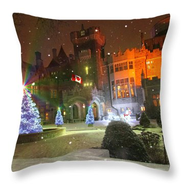 Throw Pillow featuring the photograph Casa Loma Toronto by Michael Rucker