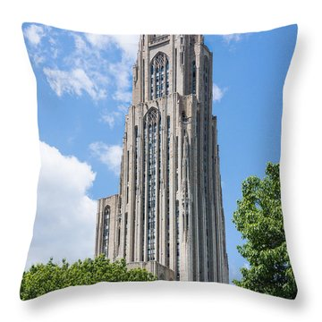 Cathedral Of Learning - Pittsburgh Pa Throw Pillow