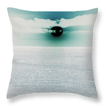Center Sun Throw Pillow