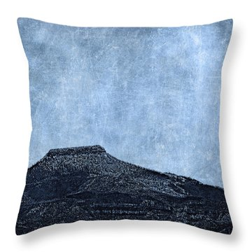 Cerro Pedernal Throw Pillow