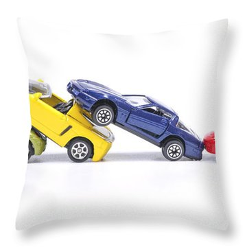 Chain Crash Throw Pillow