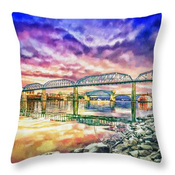 Chattanooga Reflection 1 Throw Pillow