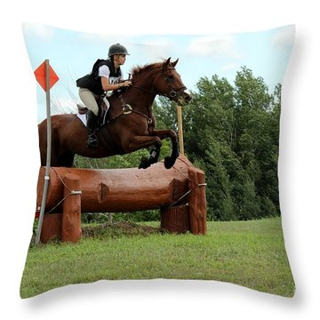 Chestnut Over Log Jump Throw Pillow