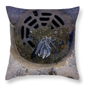 Chicago Dreamcatcher Throw Pillow
