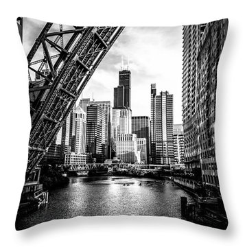 Chicago Kinzie Street Bridge Black And White Picture Throw Pillow
