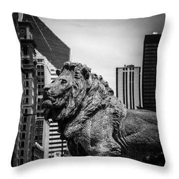 Chicago Lion Statues In Black And White Throw Pillow by Paul Velgos