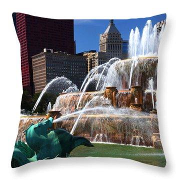 Chicago Skyline Grant Park Fountain Throw Pillow