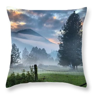 Chiffon Fog Throw Pillow