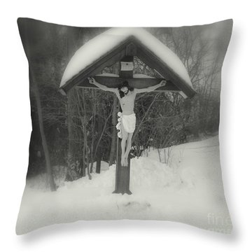 Christ In Snow  Bw Throw Pillow