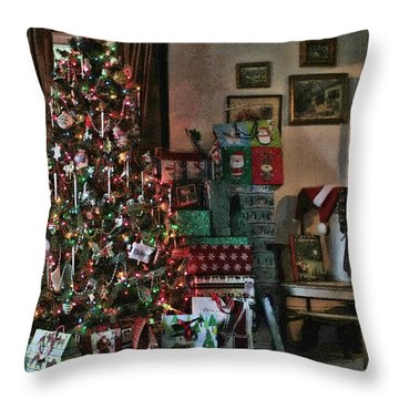 Christmas Throw Pillow by Denise Romano