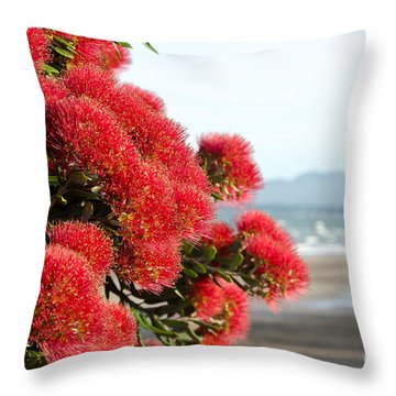 Christmas Tree Flowers Throw Pillow