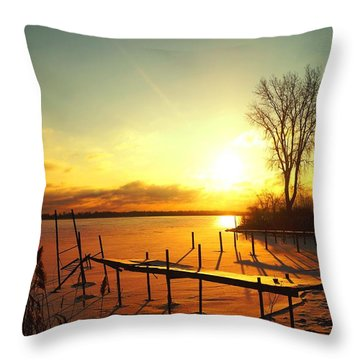 Chtistmas Dock 1 Throw Pillow