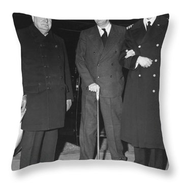 Churchill And Roosevelt Throw Pillow by Underwood Archives