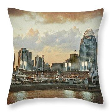 Cincinnati Ohio Vii Throw Pillow