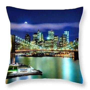 Classic New York Skyline Throw Pillow