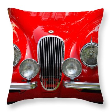 Classic Nose Throw Pillow