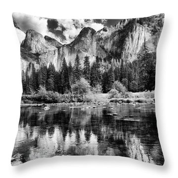 Classic Yosemite Throw Pillow