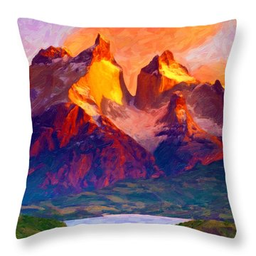 Cleft Summit Throw Pillow