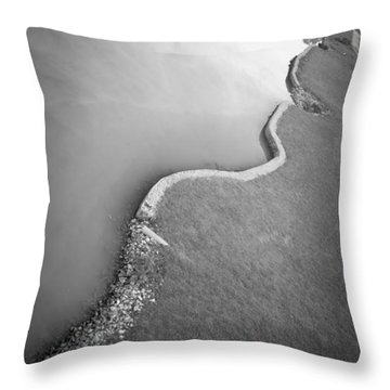 Clinch River Throw Pillow by Melinda Fawver