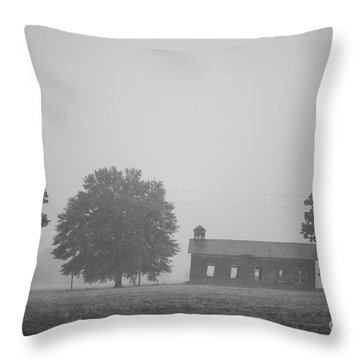 Cme Church At Mont Helena Plantation Throw Pillow