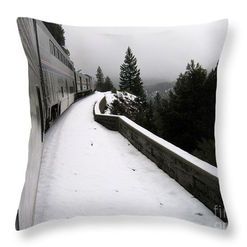 Coast Starlight In The Mountains Throw Pillow