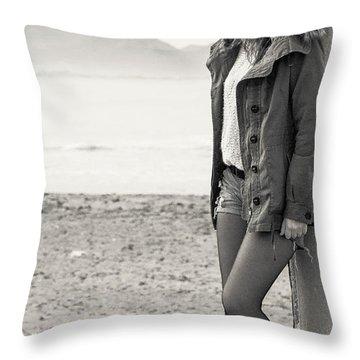 Cold Evening Throw Pillow by Herbert Seiffert