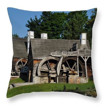 Throw Pillow featuring the photograph Colonial Days by Caroline Stella