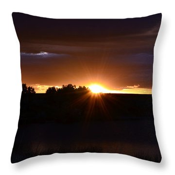 Throw Pillow featuring the photograph Colorado Sunrise by Clarice  Lakota