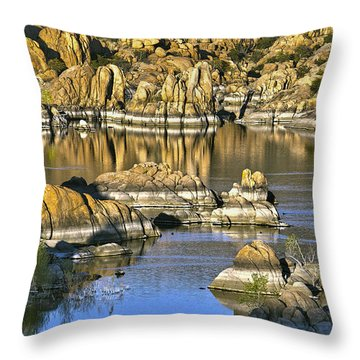 Colors In The Rocks At Watsons Lake Arizona Throw Pillow