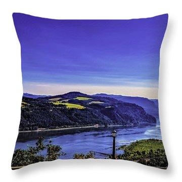 Columbia River Gorge-2 Throw Pillow