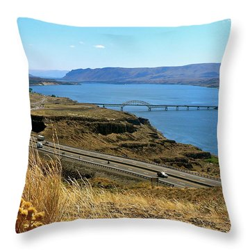 Columbia River Vantage Point Throw Pillow