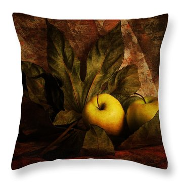 Comfy Apples Throw Pillow