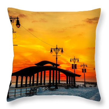 Coney Island Winter Sunset Throw Pillow