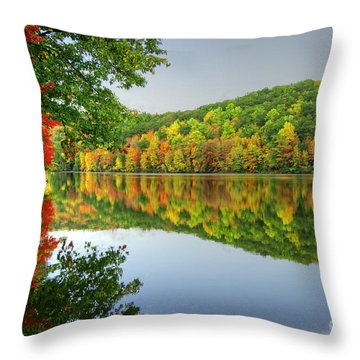 Connecticut River In Autumn Throw Pillow