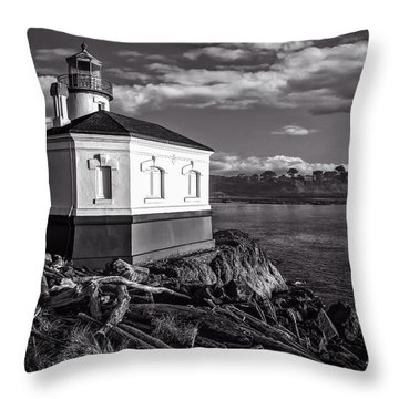 Coquille River Lighthouse Upriver Bw Throw Pillow by Joe Hudspeth