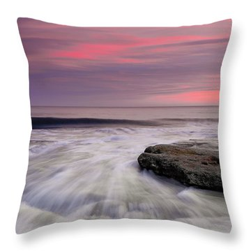 Coquina Rocks Washed By Ocean Waves At Colorful Sunset Throw Pillow