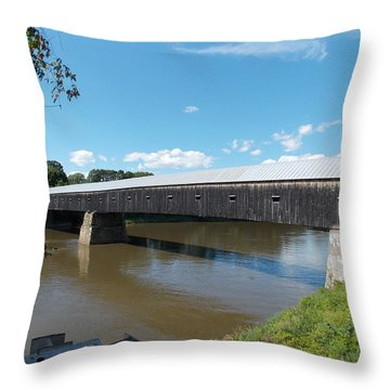 Cornish Windsor Bridge Throw Pillow