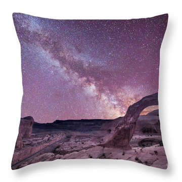 Corona Arch Milky Way Throw Pillow