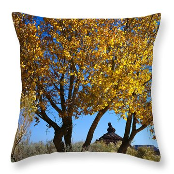 Cottonwood And Nipple Butte-v Throw Pillow