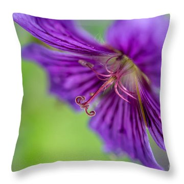 Cranesbill - By Sabine Edrissi Throw Pillow