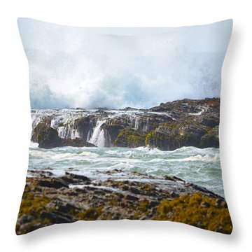 Crashing Surf Throw Pillow