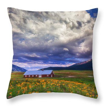Crested Butte Morning Storm Throw Pillow