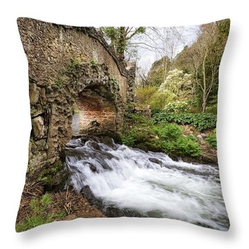 Crossing River Avill Throw Pillow