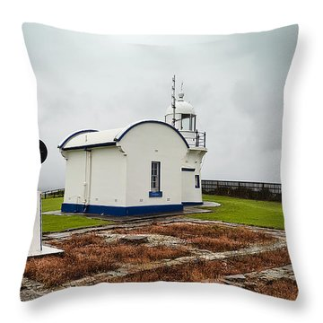 Throw Pillow featuring the photograph Crowd Head Light House 01 by Kevin Chippindall
