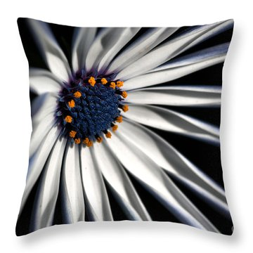 Daisy Heart Throw Pillow