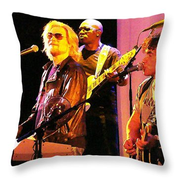 Daryl Hall And Oates In Concert Throw Pillow