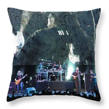 Dave Matthews Band Rocks Final Four Weekend Throw Pillow
