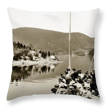 Dayliner At The Narrows In Sepia Tone Throw Pillow