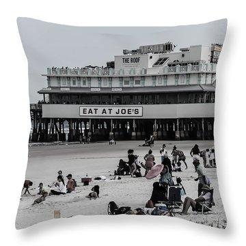 Daytona Beach Pier Throw Pillow