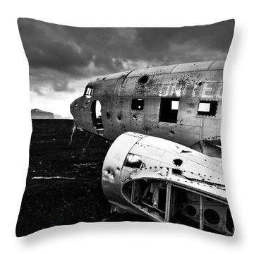 Dc-3 Iceland Throw Pillow by Gunnar Orn Arnason
